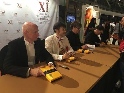 Arno Argos Raunig Carmina Burana Carl Orff Bangkok Autograph session 2016
