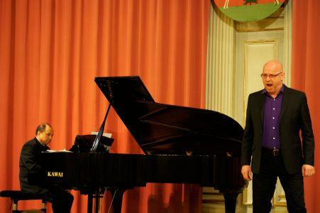 Pre–Opernball–Konzert Daniel Ohlenschläger