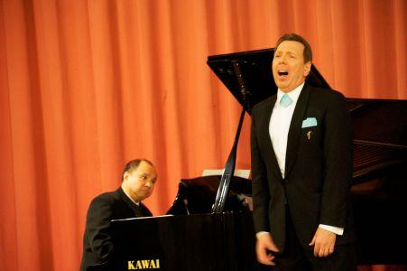 Pre–Opernball–Konzert Peter Widholz