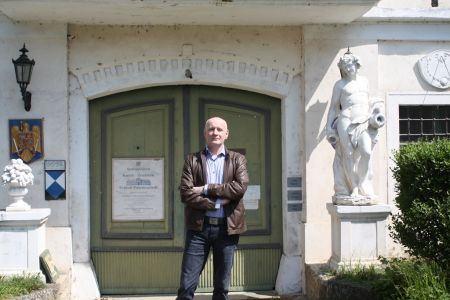 Schloss Potzneusiedl Arno Argos Raunig