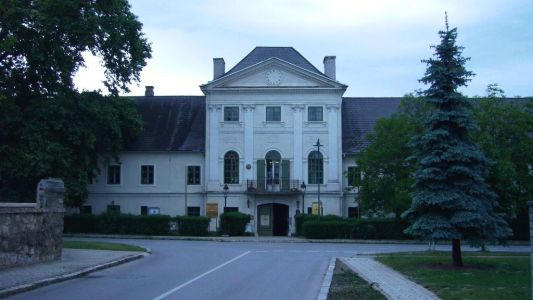 Schloss Potzneusiedl Arno Argos Raunig und Theodore Coresi