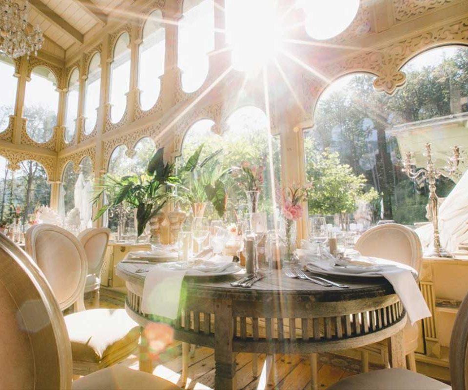 Valentinstag nicht vergessen! Ein besonderes Romantik-Diner-Konzert am Valentinstag - Im Zauber der Nachtigall Arno Argos Raunig
