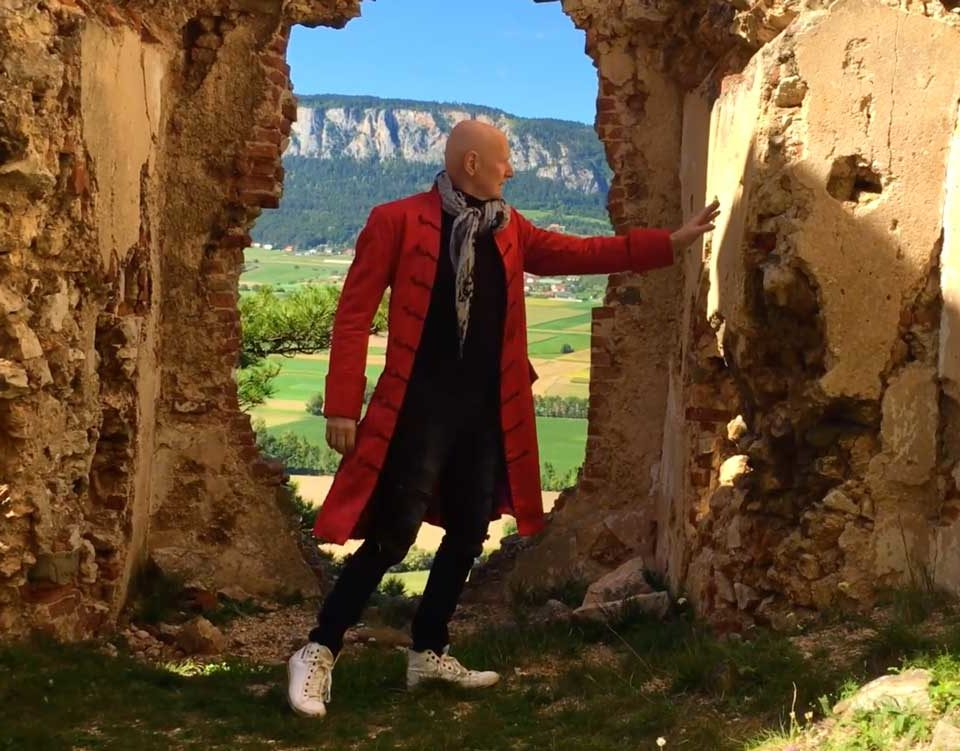 """Mozart W.A. Cherubino Aria """"Voi che sapete""""Arno Argos Raunig – Sopranist"""